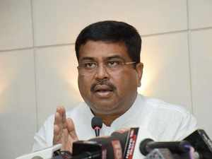Pradhan takes up oil pricing at New Delhi dialogue with OPEC