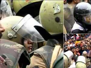 Sabarimala Temple: Protesters continue to block entry of women in temple