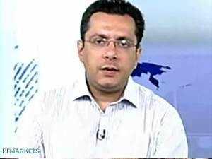 It is not a buy-on-declines market as yet: Vivek Mavani