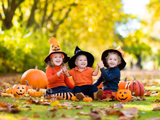 halloween-fall-autumn-GettyImages-843452550