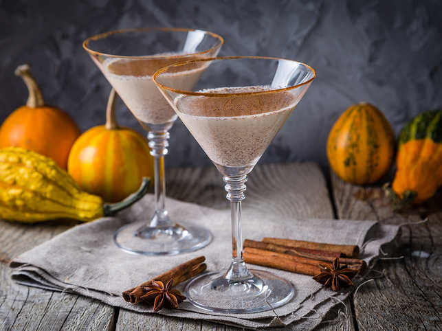 drink-coffee-cocktails-halloween-GettyImages-849286418