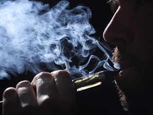 Your so-called friend 'E-cigarette' may delay wound healing