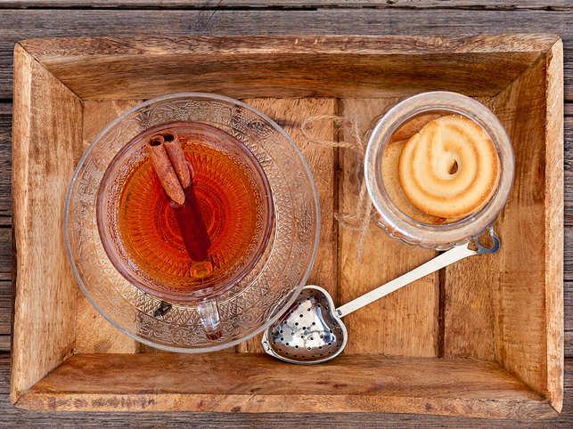 tea-cinnamon-GettyImages-1053040878