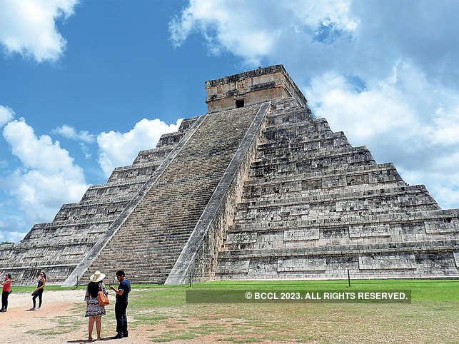 pyramid-of-kuklkan-bccl