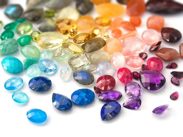 gemstones-jewellery-GettyImages-487526446