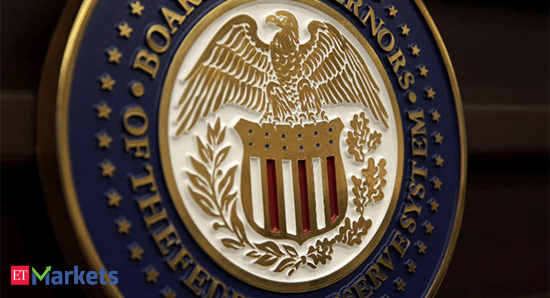 US Fed holds rate steady, signals that a hike is likely in Dec thumbnail