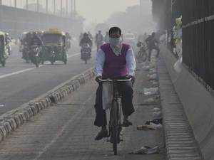 Delhi-NCR continues to witness 'severe' air quality