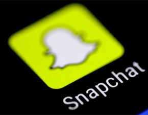 Love Snapchat more: Photo-messaging app introduces 'Friendship Profiles' & 'Bitmoji Stories'