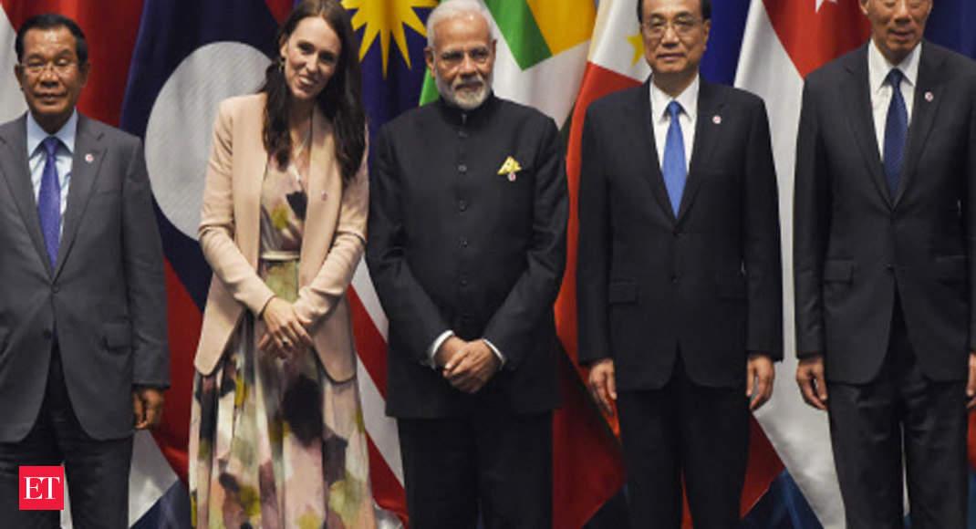 PM Modi participates in ASEAN-India Breakfast Summit in Singapore thumbnail