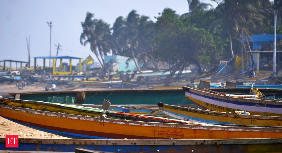 Cyclone Gaja: Tamil Nadu asks private employers in some districts to consider shuttering early thumbnail