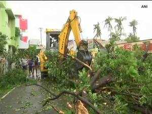 Severe cyclonic storm Gaja makes landfall in TN, over 75,000 evacuated