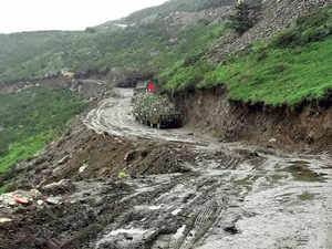 19 strategic roads, 29 buildings to come up on Chinese front in Arunachal, Sikkim
