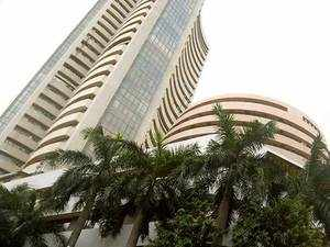 Sensex slips 100 points, Nifty tests 10,650 on global selloff