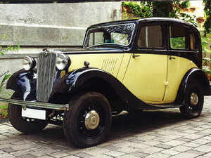 10 Vintage Cars Worth Rs 2 5 Crore Up For Auction The Economic Times