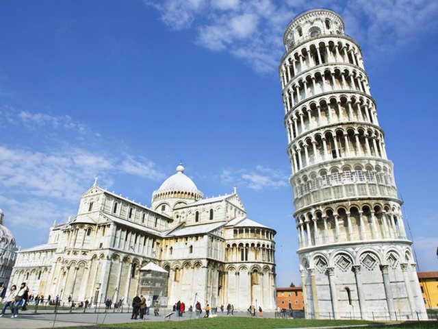Pisa's straightened circumstances