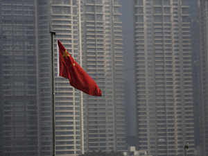 China building third aircraft carrier: reports