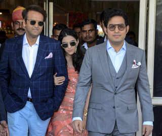 Akash & Shloka, accompanied by Anand Piramal, join Ambanis at Priyanka-Nick's wedding