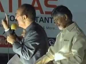 Telangana Polls: Chandrababu Naidu, Ghulam Nabi Azad conduct road show in Hyderabad