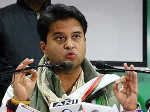 Madhya Pradesh Polls: Jyotiraditya Scindia raises alarm over EVM 'mishandling'