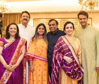 Isha-Anand wedding: Hillary, John Kerry may be attending Udaipur functions