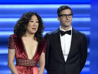 Sandra Oh and Andy Samberg to host 2019 Golden Globes