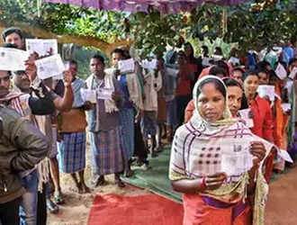 Chhattisgarh exit polls divided, most give slight edge to Congress