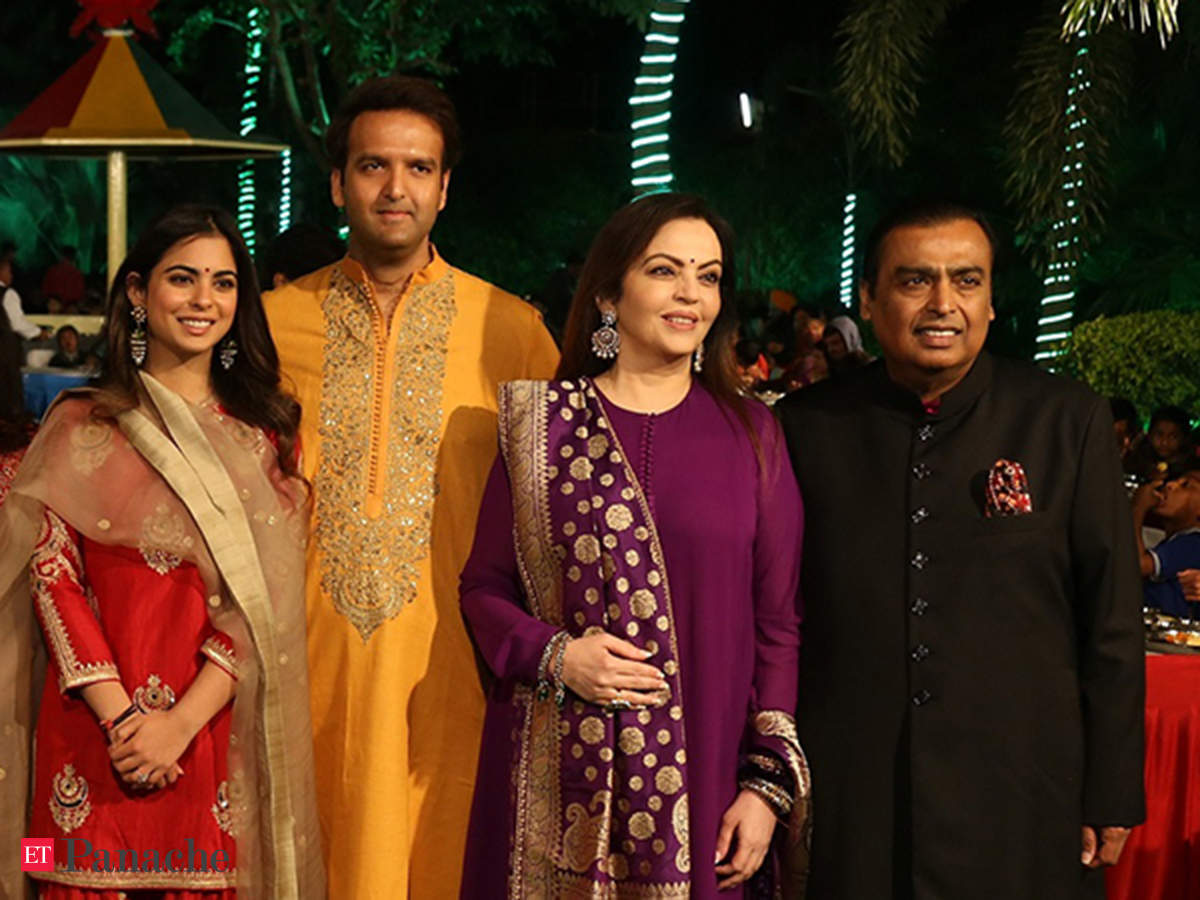 Mukesh Ambani helped son-in-law Anand Piramal make an important life decision 8 yrs ago - The Economic Times