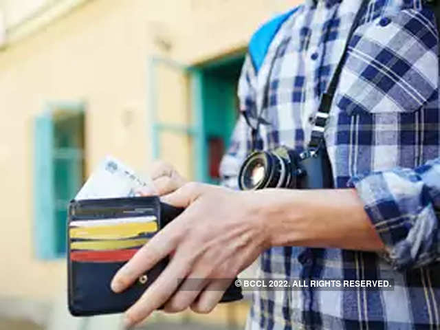 How To Report A Net Banking Debit Or Credit Card Fraud Do Not Ignore The Economic Times
