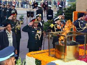 Vijay Diwas: India pays tribute to 1971 war martyrs