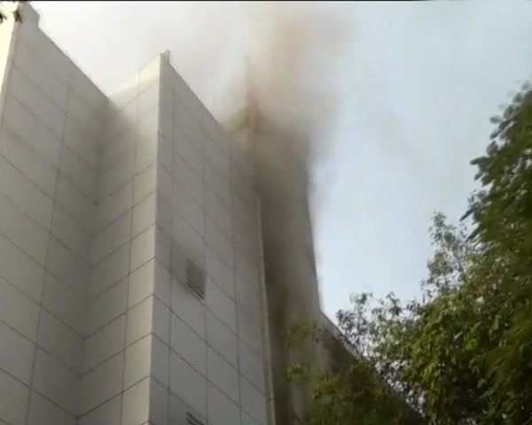 Watch: Fire breaks out at ESIC Kamgar Hospital in Andheri