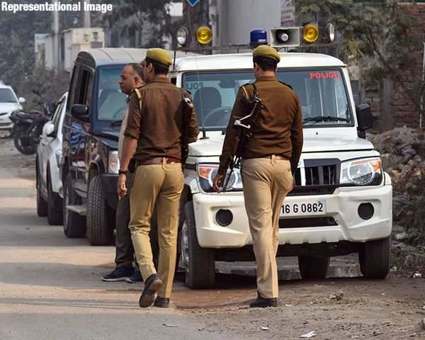 Uttar Pradesh: Eight cops suspended over custodial death of a Dalit in  Amroha