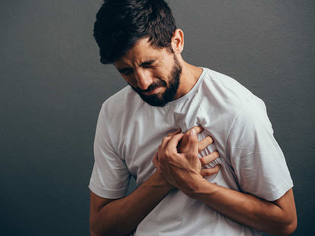 heart-attack-stroke-GettyImages-890776208