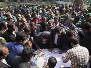 Bangladesh-elections-AP