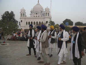 pakistan sends recommendations to india for visa free travel of sikh