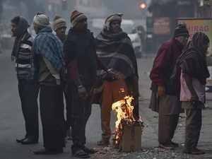 Delhi temperature: Delhi reels under cold wave, mercury