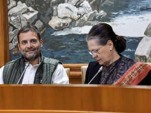 Rahul-Sonia-AP