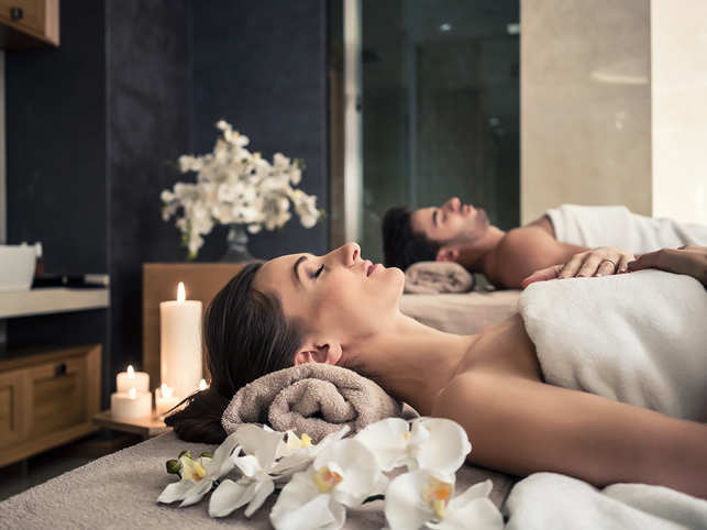 spa-wellness-massage-GettyImages-875640820