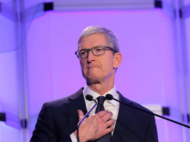 Apple shares plunge almost  10% behind revenue warning