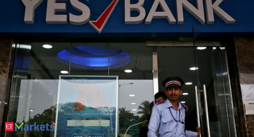 'Rajesh Sud and Rajat Monga in race to head YES Bank' - Economic Times