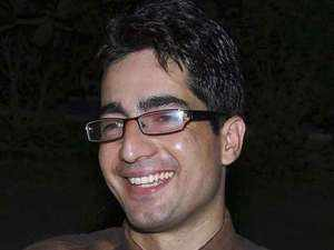 IAS topper Shah Faesal quits to protest 'unabated killings' in Kashmir