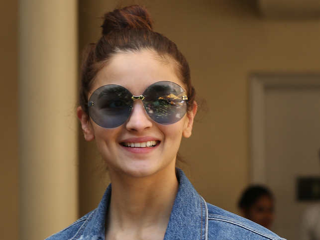Alia Bhatt turns investor, to launch fashion start-up 'The StyleCracker Box Club'