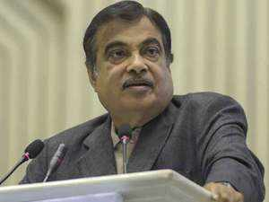 Gadkari slams Mahagathbandhan, says BJP real kingmaker behind opposition alliance