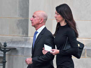 Bezos divorce might be handled as 'Quickly as an Amazon delivery'