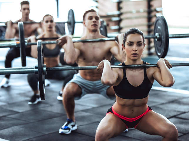 fitness group bodyweight training gettyimages - Olahragawan ternyata Perlu Selfie Lho Guys