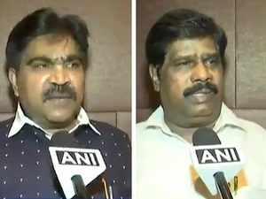Karnataka: Two independent MLAs withdraw support from Kumaraswamy's JDS-Congress govt