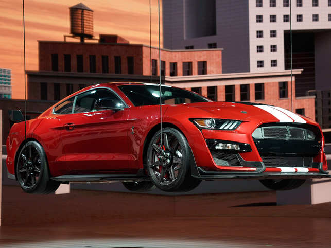 At Detroit, Ford drives the 2020 Shelby GT500 with 700 horsepower for $60K