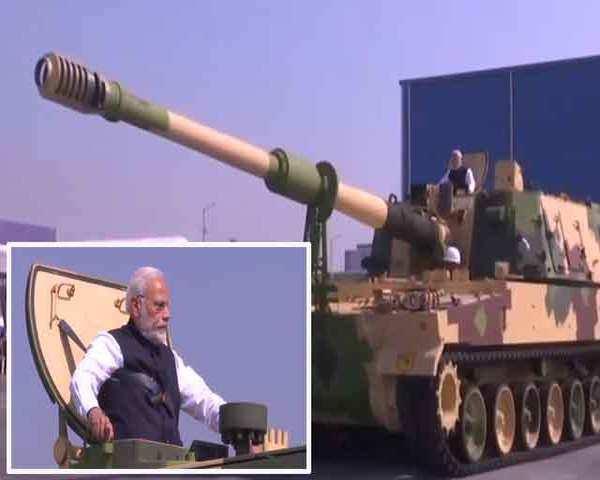 watch-pm-modi-rides-k-9-vajra-self-propelled-howitzer.jpg