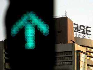 Sensex jumps 192 pts, Nifty tops 10,950; RIL rallies 4%