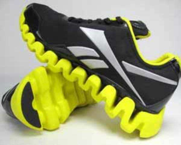 2b1ab61ad39f Reebok Zigtech  Most technologically advanced shoes - The Economic Times  Video
