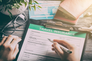 5 reasons why travel insurance is the first thing you should pack while travelling overseas